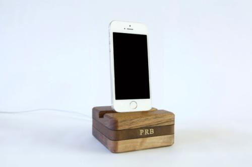 DODOcase_Dock_-Stikwood-Charging-Nest-3-600x399