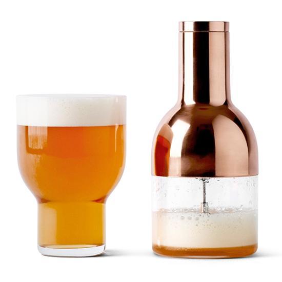 暑い夏に最適、美味しいビールを飲むためのガジェット ビアフォーマー