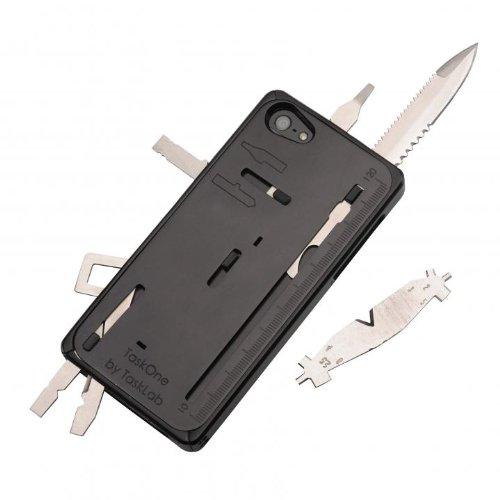 アウトドアに最適!多機能工具が装着されているiPhoneケース